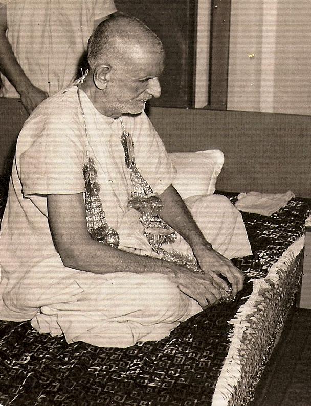 Swamiji-5555